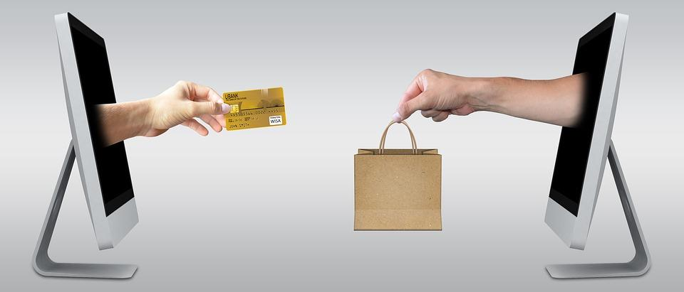 Internetkauf macht das Einkaufen einer Motorhacke einfach