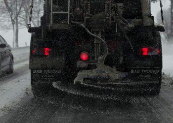 Salzstreuwagen Vergleich | Top 5 Splittstreuer für Streusalz