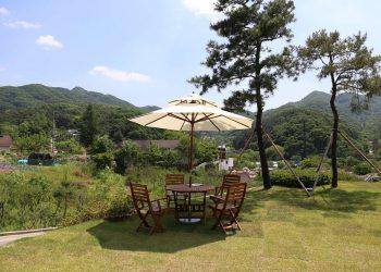 Sonnenschirmständer Vergleich | Ampelschirmständer & Gartenschirmständer