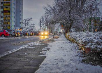 Benzin Schneefräse mit Motor | Schneeschieber & Schneeräumer