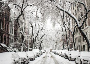 Winterdienst durch Mieter oder Vermieter? | Schneeräumpflicht