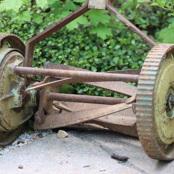 Rasen Rasenmäher Sichelmäher Räder Rollen